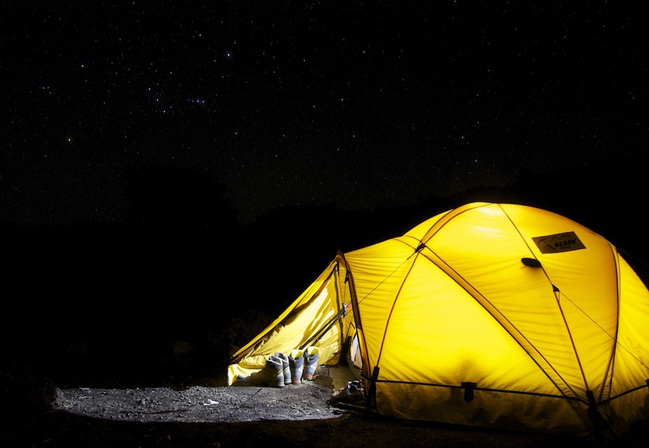 1-yellow-tent-under-starry-sky